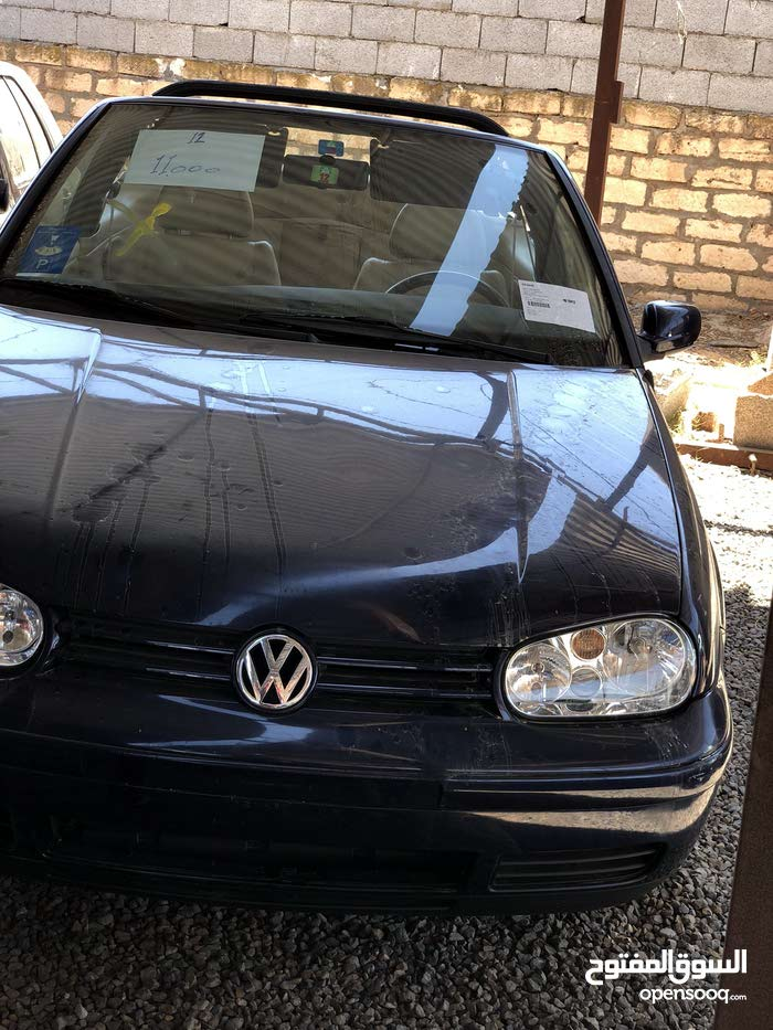Volkswagen Golf made in 1999 for sale