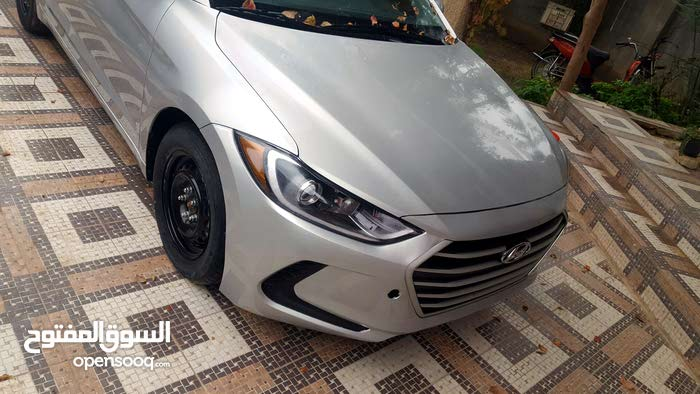 Used condition Hyundai Elantra 2017 with 1 - 9,999 km mileage