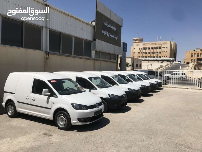 Volkswagen Caddy made in 2013 for sale