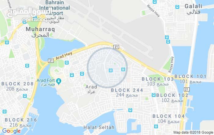 للبيع بيت في عراد المساحه 170 متر يتكون 5 غرف 4 حمامات صاله ومطبخ وكراج سعر البي