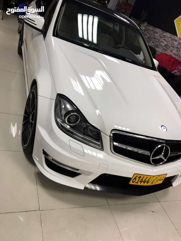 90,000 - 99,999 km Mercedes Benz C 300 2014 for sale