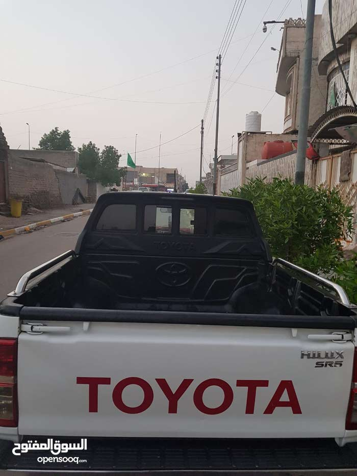 Toyota Hilux 2014 For sale - White color