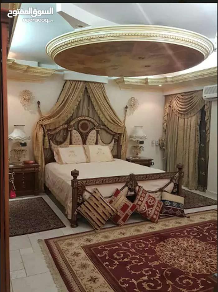 شقة  راقية  سوبر هاي لوكس  عمارة جديدة و خدمات كاملة في مدينة نصر ( تفرج علي صور ) ايجار يومي شهري