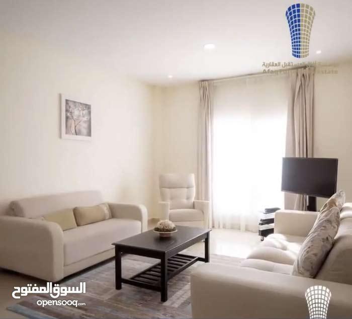 شقة للإيجار في البسيتن برج ناصر