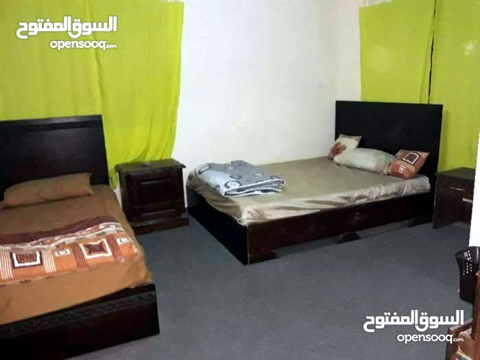 First Floor  apartment for rent with 2 rooms - Amman city Marj El Hamam