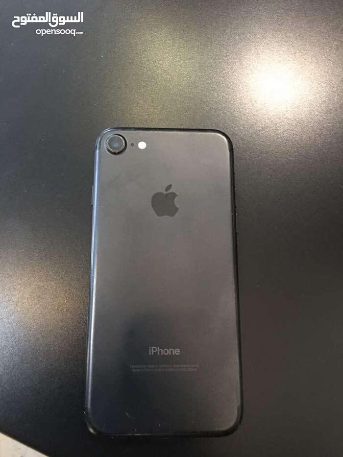 ايفون 7 للبيع 32 جيجا