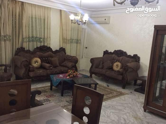 شقة (3 غرف 192 متر) مفروشة مميزة في الشميساني للإيجار الشهري او السنوي