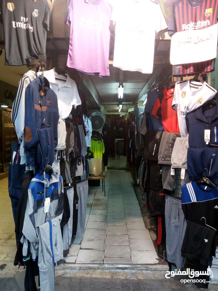 محل تجاري للبيع في وسط البلد شارع الملك طلال