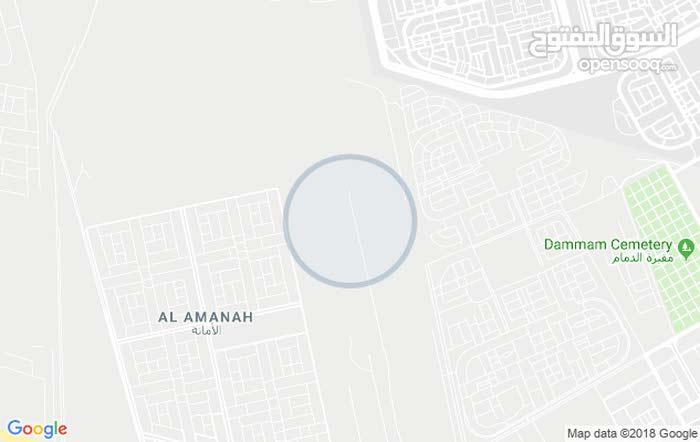 غرفه كبيره  وصاله كبيره   فيها 2 اشخاص  مطلوب  شخص ثالث  يفضل الجنسيه  اليمني