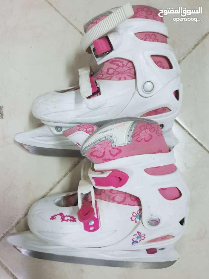حذاء التزحلق على الجليد أصلي