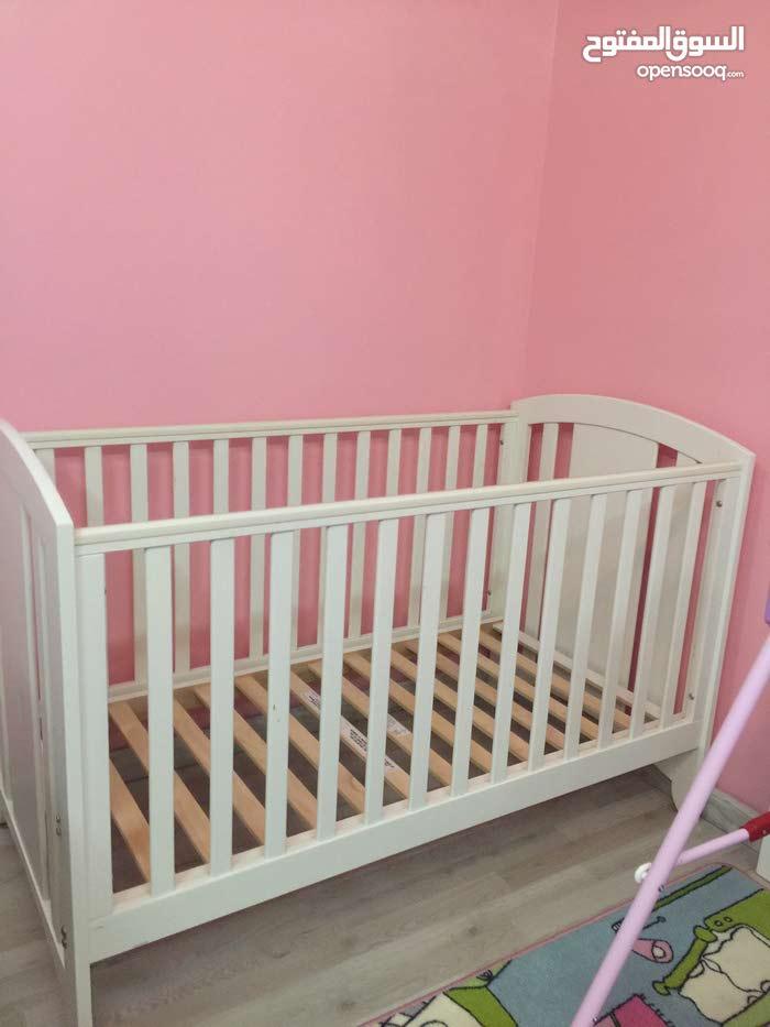 سرير اطفال من ماماز باباز