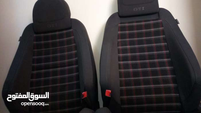 كراسي جولف جي تي اي golf gti mk5 seats