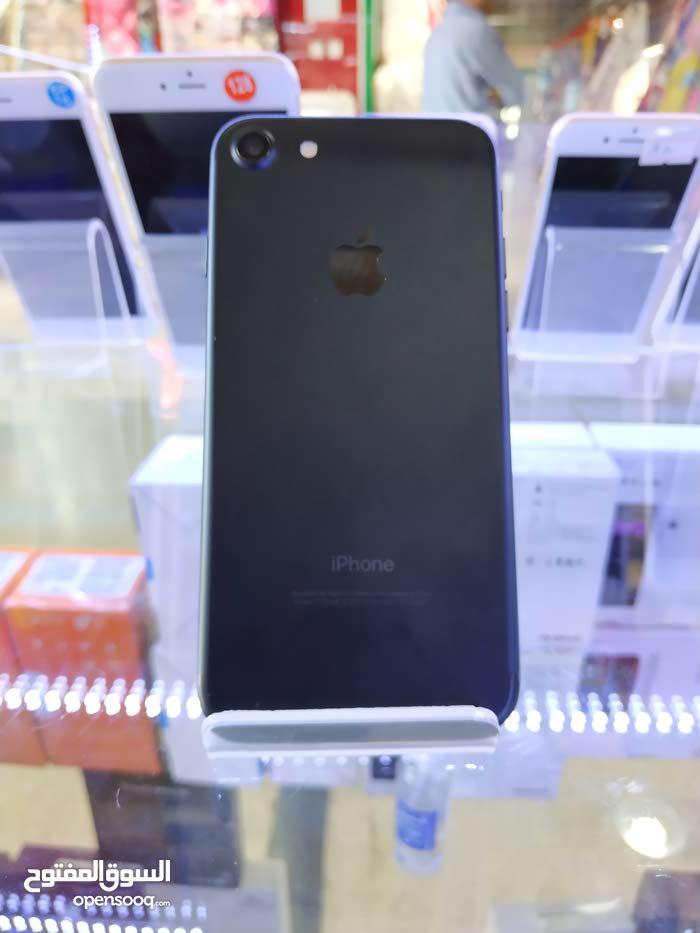 ارخص سعر ايفون 7 32جيبي مع الضمان والهدايا ومفاجاءه