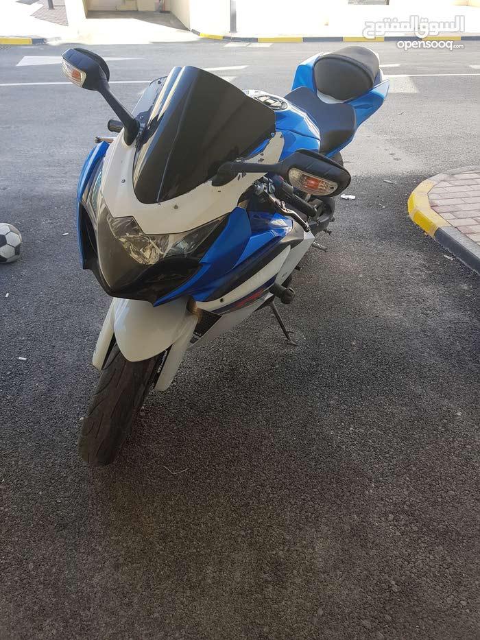 سوزوكي جي اس اكس ار 1000 Suzuki gsxr1000