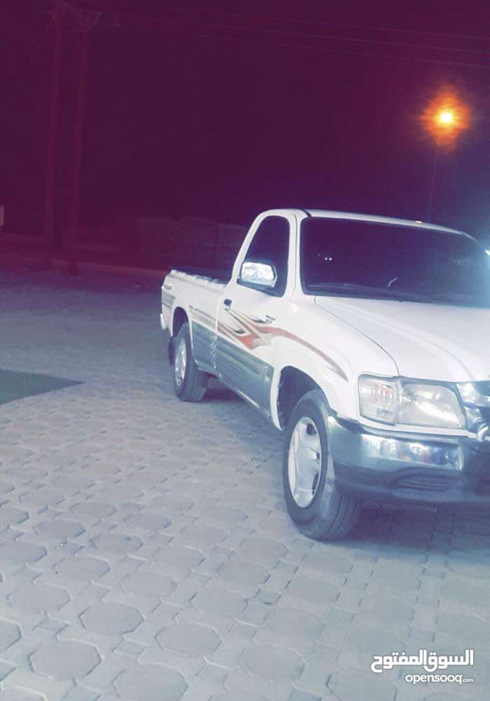 Available for sale! 0 km mileage Toyota Hilux 2005