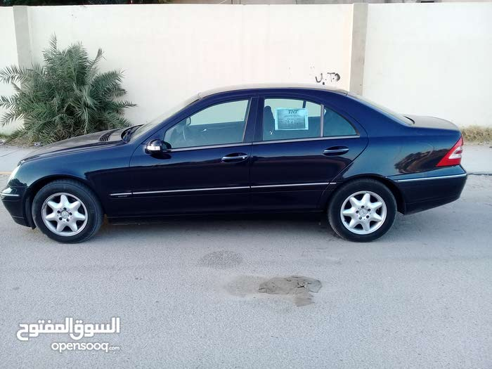 Blue Mercedes Benz C 200 2002 for sale