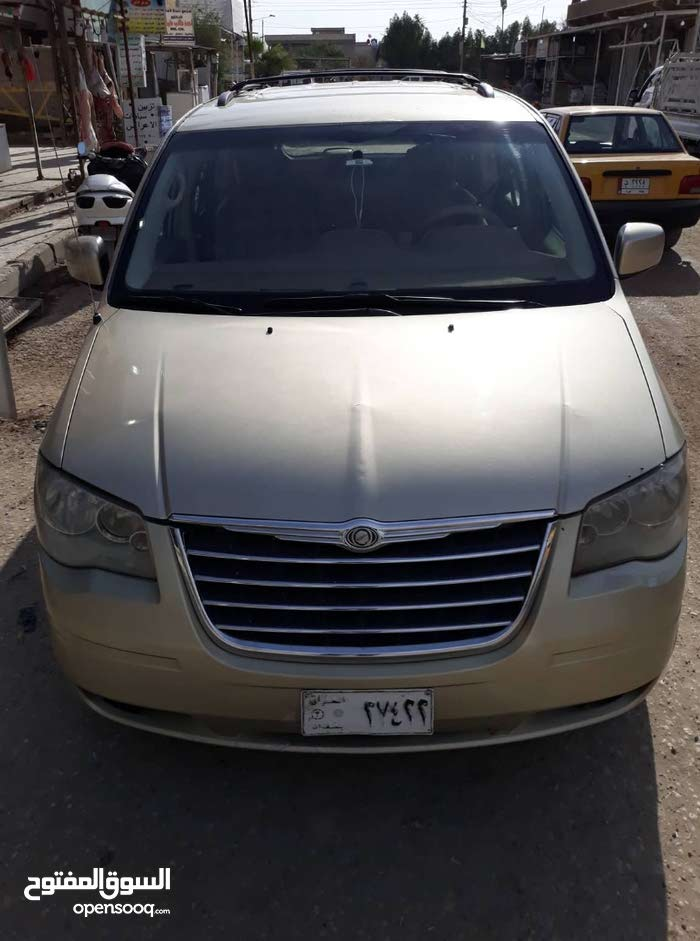 Automatic Gold Chrysler 2010 for sale