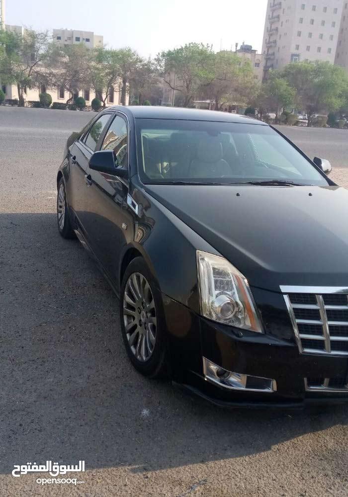 Automatic Cadillac 2013 for sale - Used - Al Ahmadi city
