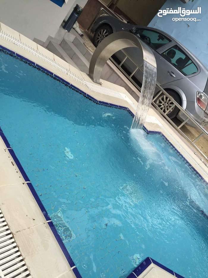 تصنيع وتصدير جميع مستلزمات حمامات السباحه