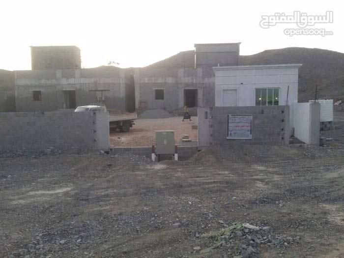 للإيجار بيت في السيب الجفنين المرحلة 1 القطعة 1711 المساحة 1141 م2