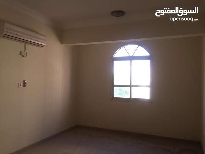 للايجار شقه مميزه غير مفروشه بالسد For Rent Unfurnished 2 Bedroom Apartment in AL SAD