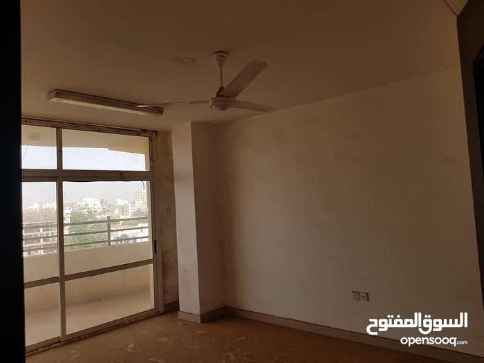شقة 150م للبيع - العمارات ش 15
