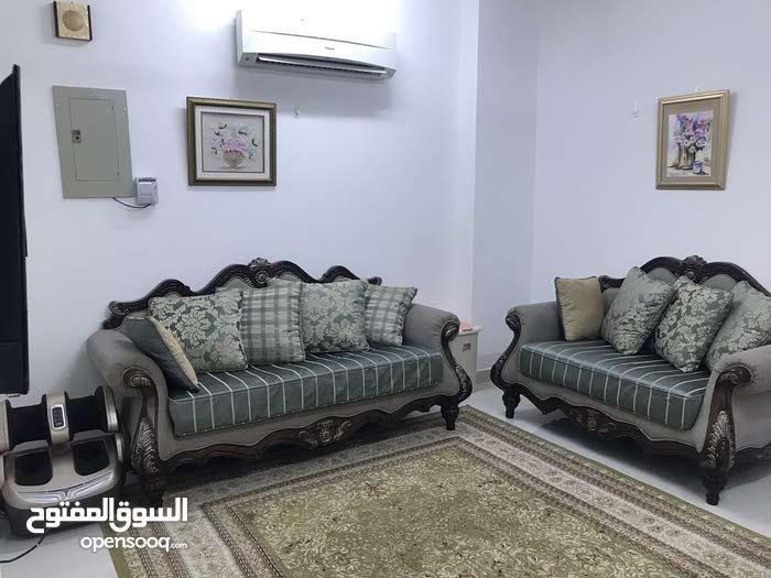 شقة فاخرة للإيجار الأسبوعي والشهري في alkoudh