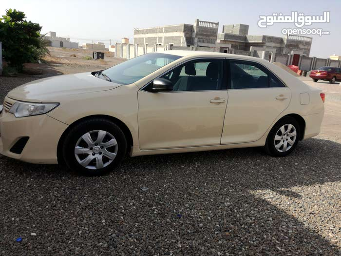 60,000 - 69,999 km Toyota Camry 2014 for sale