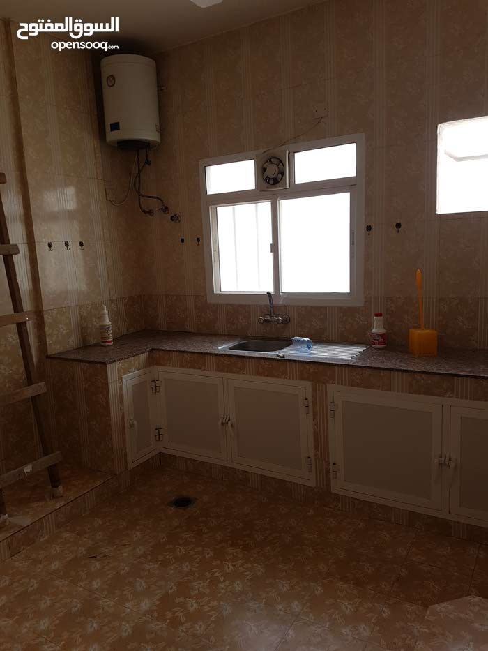 First Floor apartment for rent in Sur