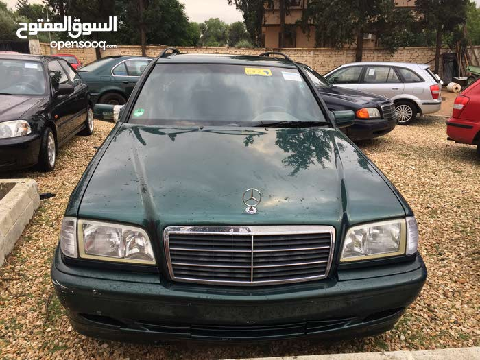 Mercedes Benz C 200 1999 For sale - Green color