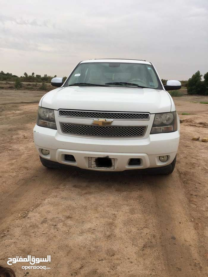 Chevrolet Tahoe 2010 For sale - White color