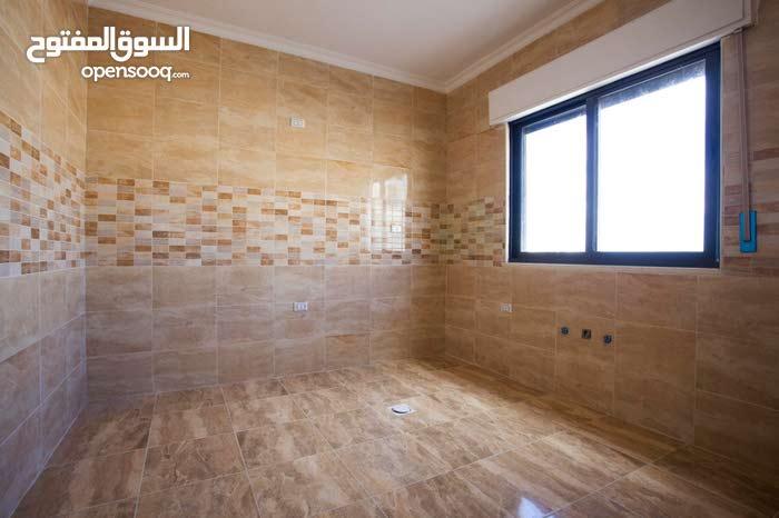 Abu Alanda neighborhood Amman city - 134 sqm apartment for sale