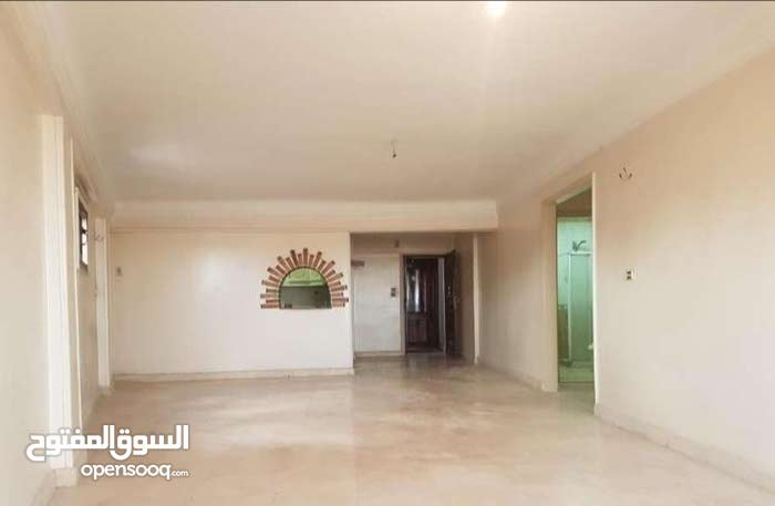 Fifth Floor apartment for sale - Gianaclis
