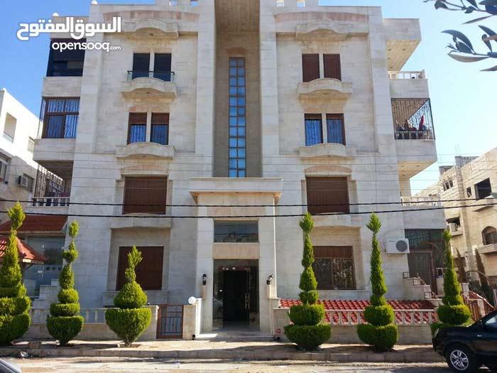 شقة  233 متر للبيع / الحي الشرقي - اربد
