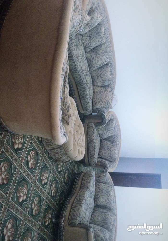 Used Sofas - Sitting Rooms - Entrances for sale in Doha