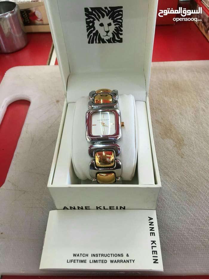ساعة Anne Klein جديدة