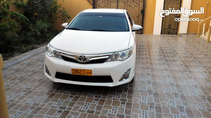 Automatic Toyota 2014 for sale - Used - Shinas city