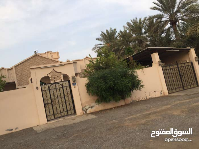 3 rooms Villa palace for rent in Sohar