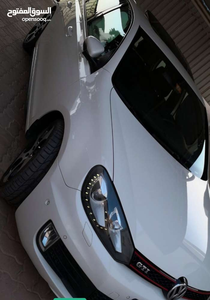 White Volkswagen Golf 2013 for sale