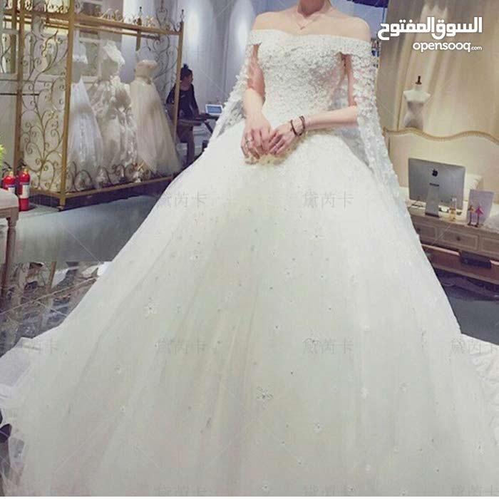 فستان عرس جديد لبسه واحده فقط