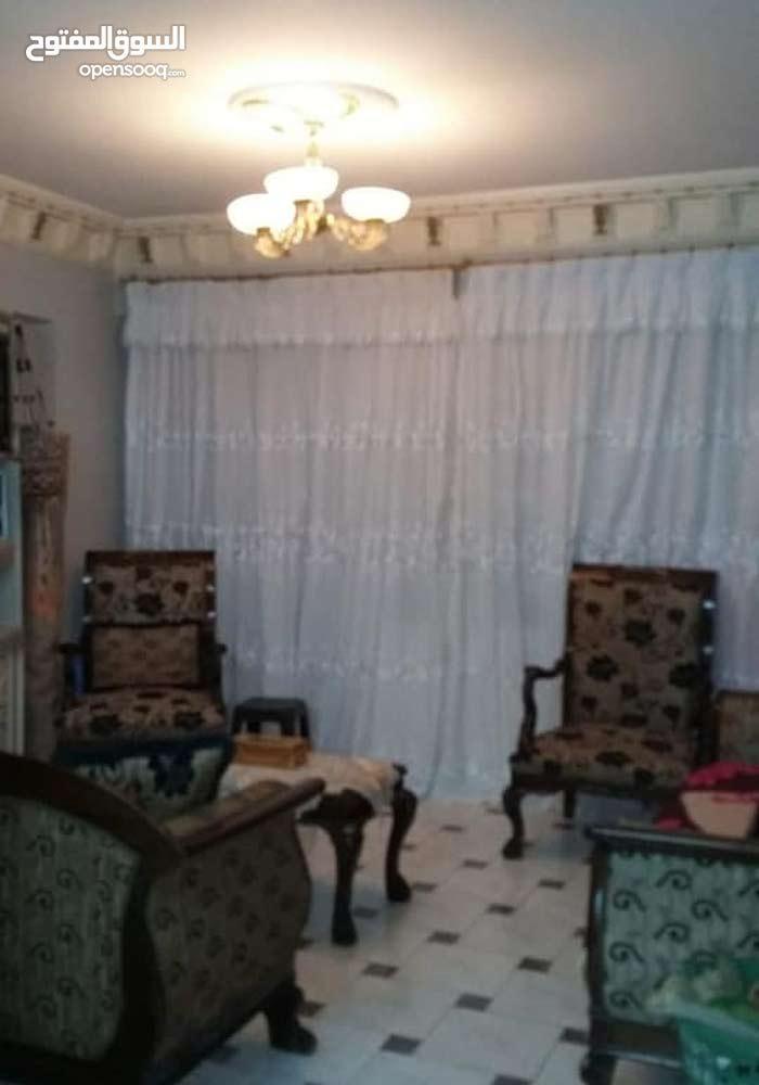 شقة مميزه للبيع بالاسكندرية _ الفلكي متفرع من ش 16 الملك