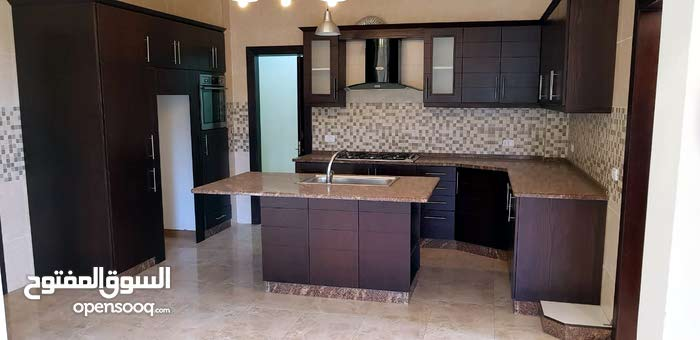 Second Floor  apartment for rent with 3 rooms - Amman city Um Uthaiena