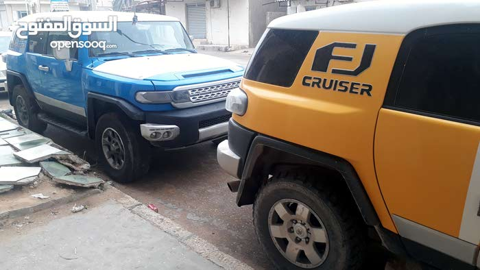 Used condition Toyota FJ Cruiser 2007 with 120,000 - 129,999 km mileage
