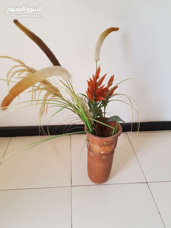 Muscat - Used Vases available for sale
