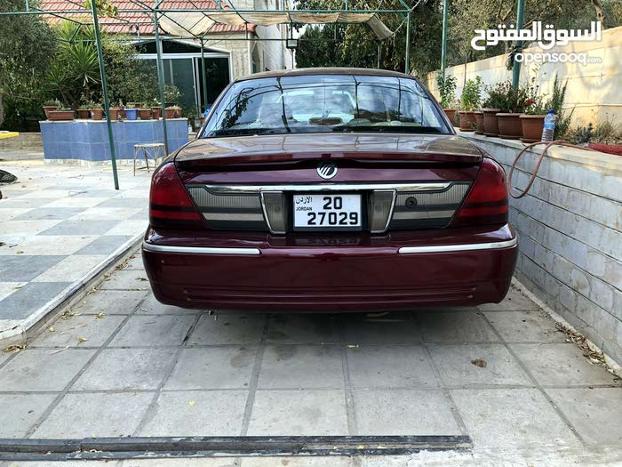 For sale Ford Crown Victoria car in Amman