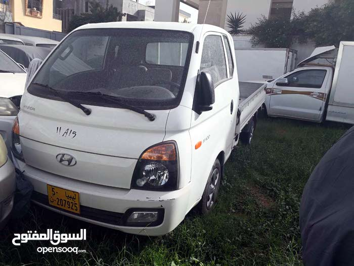 New condition Hyundai H100 2013 with 1 - 9,999 km mileage