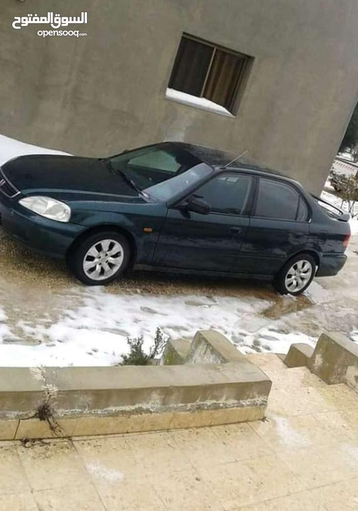 2000 Honda for rent in Amman