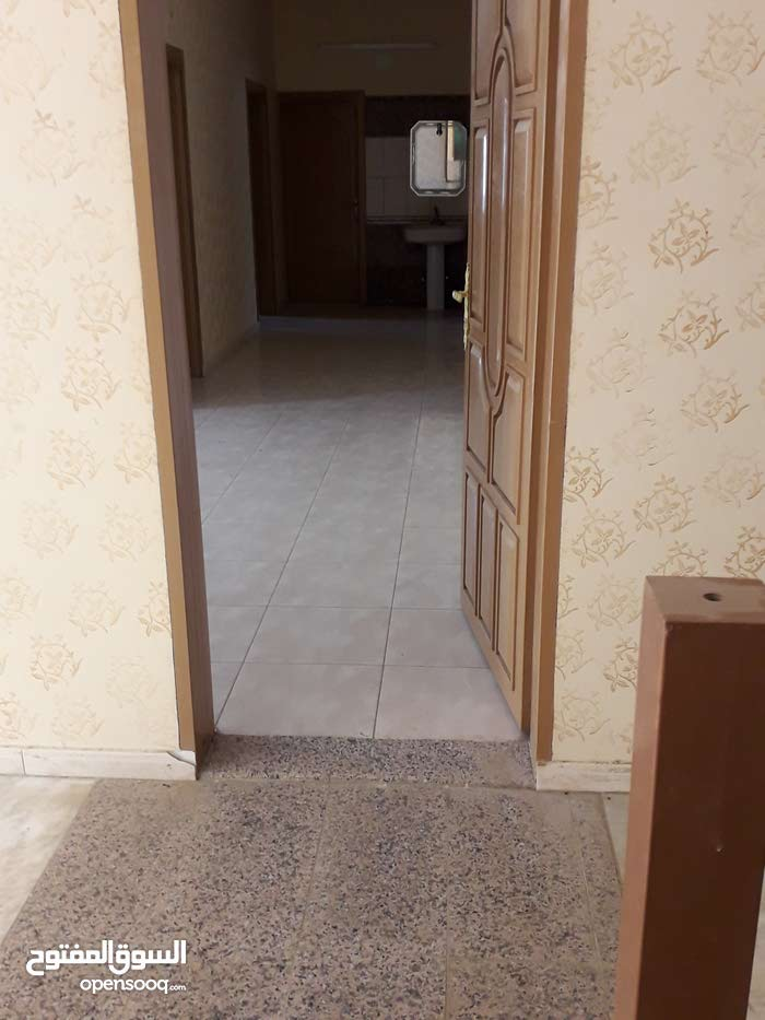 Best price 400 sqm apartment for rent in TaifOther