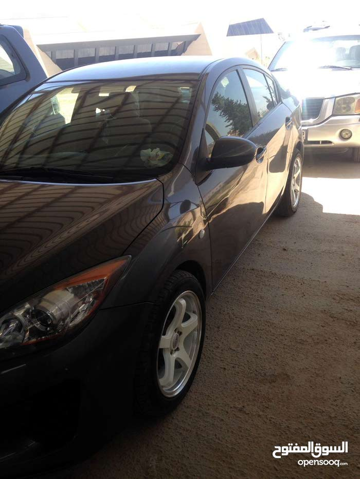 90,000 - 99,999 km Mazda 3 2014 for sale