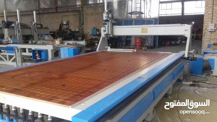 مكنة قص وزخرفة خشب CNC